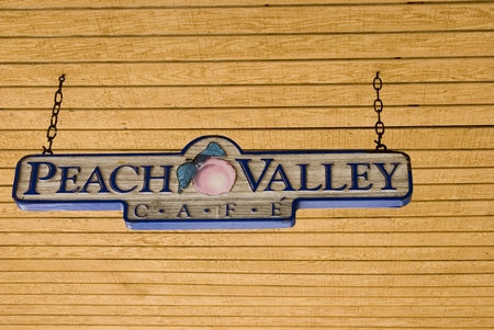 Daytona Beach Restaurant Review – Peach Valley Cafe