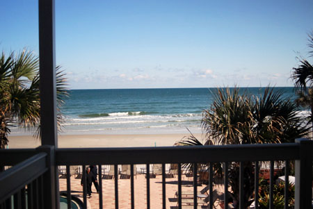 Daytona Beach Resort – 1 Bedroom Oceanfront – Sleeps 6