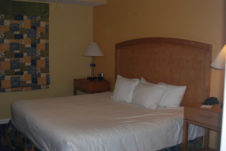 Ocean walk resort 1 bedroom suite for 2 bedroom hotel suites in daytona beach