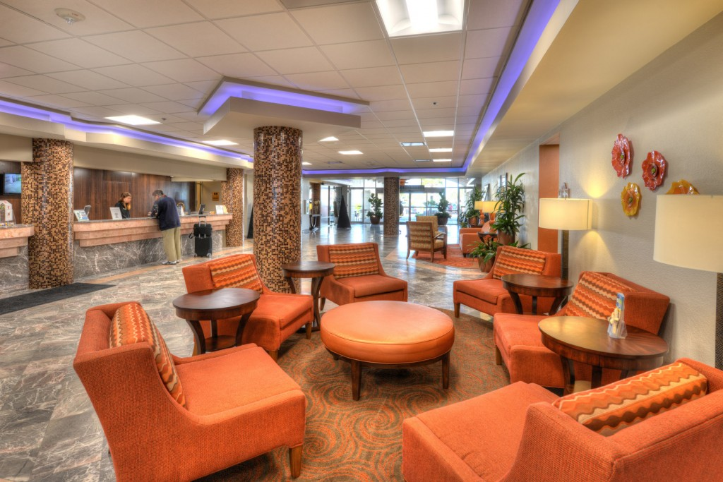 Daytona Beach Resort  – Lobby looks like new