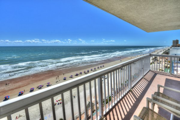 Daytona Beach Resort – 11th Floor Corner Studio