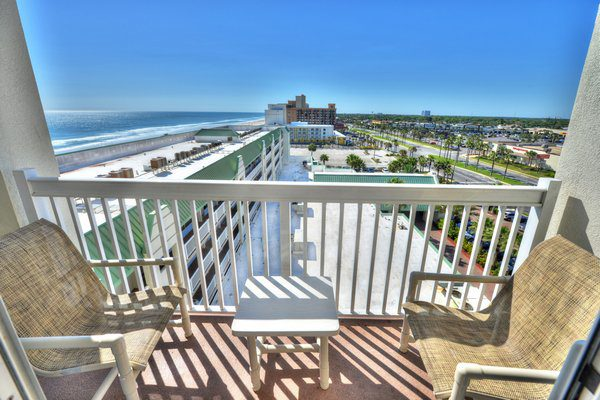 Daytona Beach Resort – 807