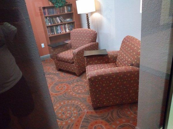 11d Guest Office Center