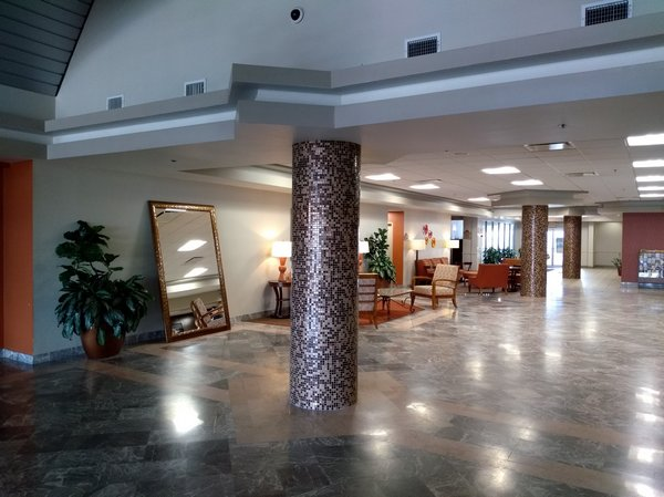 3 Lobby (1)