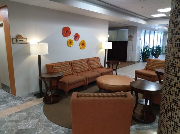 7a Lobby Seating Area