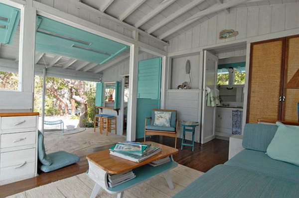 sh beach-themed-bedrooms-for-adults-caribbean-resort-hawaii-rooms-plus-sofa-table-decor-ideas-728x484